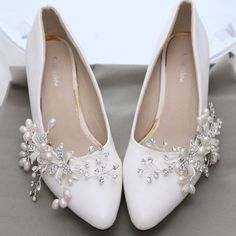 Flower Pearl Rhinestone Crystal Wedding Bridal Shoe Clips Pair #Unbranded…