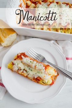 Manicotti Recipe - Delicious and meatless this vegetarian recipe is a crowd pleaser!