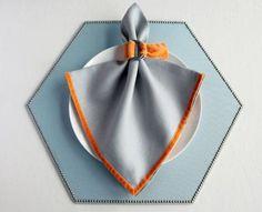 Spade-Shaped Napkin Fold #tutorial