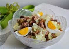 CORNURI DE CARTOFI CU BRANZA - Rețete Fel de Fel Nutella, Cobb Salad, Salads, Deserts, Food And Drink, Cooking Recipes, Eggs, Fish, Muffins
