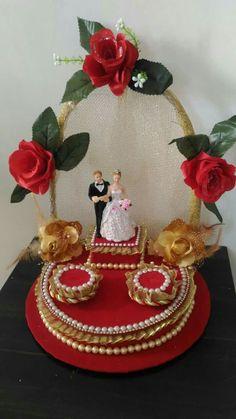 Desi Wedding Decor, Wedding Decorations On A Budget, Engagement Decorations, Wedding Crafts, Wedding Art, Thali Decoration Ideas, Chocolate Flowers Bouquet, Wedding Gift Wrapping, Diwali Craft