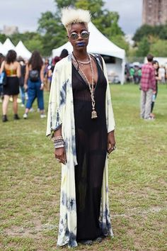 afropunk, blonde hair, undercut, tie dye, fashion, style, summer outfit inspiration, black women inspiration, round sunglasses, black girl, accessories