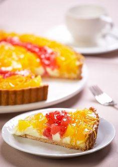 orange and grapefruit tart Grapefruit Tart, Macaroni And Cheese, Sweets, Orange, Baking, Ethnic Recipes, Cakes, Food, Pies