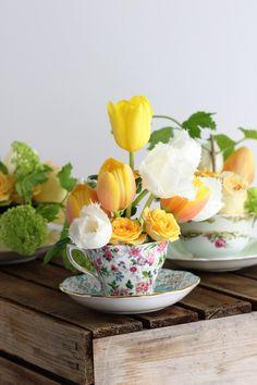 DIY;  Party Trick : Spring tea cup flower arrangements.