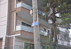 Beton elektrik direkleri tehlike saçıyor