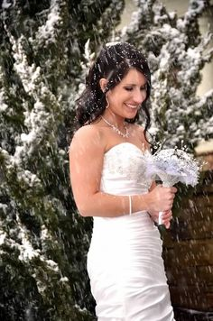 ©Amber S. Wallace Photography  Winter Snow Bridals   Snow Themed Wedding