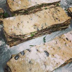 Pruimen-gorgonzola brood in de maak #lusciousloaf