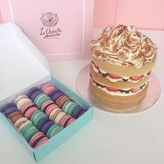 wahdi_lechouettemacaron My signature Marie Antoinette cake (RM150) and a box of 20pcs Macaron (RM70) ordered by @fadzelly merci!