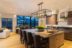 Condo/Townhouse/Duplex/Half Duplex, Contemporary, Victorian - Aspen, Co (MD2564222) -  #Apartment for Sale in Aspen, Colorado, United States - #Aspen, #Colorado, #UnitedStates. More Properties on www.mondinion.com.