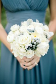 Classic + elegant bridesmaid bouquet: http://www.stylemepretty.com/2015/07/10/13-gorgeous-bridesmaids-bouquets-from-the-midwest/