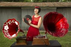The Austin Phonograph Company in the Austin-American Statesman  www.austinphonographcompany.com