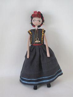Sarah Strachan: Dolls for Selvedge.