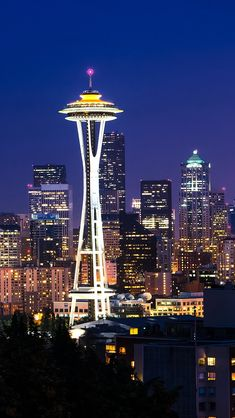 Seattle List of Good Looking Lock Screen Iphone City for Your iPhone XS Rain Wallpapers, Best Iphone Wallpapers, Meredith Grey, Seattle Wallpaper, Grey's Anatomy Wallpaper Iphone, Cool Lock Screens, Seattle Photos, Seattle City, Greys Anatomy Cast