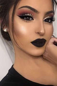 7 - 2020 Winter Makeup Tips, 7 - 2020 Winter Makeup Tips - 1 This winter, celebrities guaranteed their beauty with these four make-up. Get inspired by celebrity make-up for your p. Prom Makeup Looks, Cute Makeup, Gorgeous Makeup, Glam Makeup, Beauty Makeup, Belle Makeup, Makeup Light, Black Lipstick Makeup, Pretty Makeup
