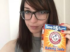 I used baking soda as face wash for a week, and here's how it went - HelloGiggles Baking Soda Face Wash, Baking Soda For Hair, 20 Years Old, Diy Skin Care, Skin Care Tips, Beauty Hacks For Hair Videos, Beauty Tips, Hacks Videos, Beauty Makeup