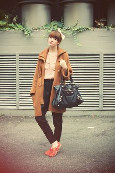 Balenciaga Bag, Miista Shoes, Stefanel Coat, Gina Tricot Shirt, Cos Pants, American Apparel Bow
