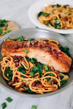 We love bowl meals, so we created these Paleo and Whole30 creamy salmon sweet potato noodle bowls. They are dairy-free, gluten-free, grain-free and have no added sugar. You will love the creamy sauce with the bacon and salmon, all on top of a bed of spinach and spiralized sweet potato noodles. #paelo #whole30 #dairyfree | realsimplegood.com