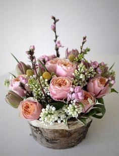 Compositions et bouquets :: laroseblanchefleurs Beautiful Bouquet Of Flowers, Beautiful Flower Arrangements, Peach Flowers, Beautiful Roses, Silk Flowers, Floral Arrangements, Beautiful Flowers, Wedding Flowers, Deco Floral