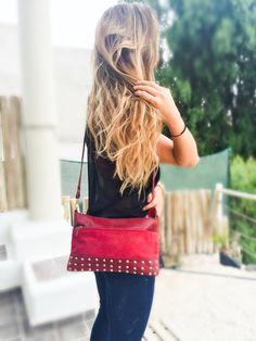 Carteras de moda y carteras de cuero para mujeres en PLUMSHOPONLINE.COM Leather and fashion womens handbags #bags #bag #moda #clutch #outfit