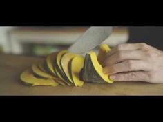 人参リンゴジュースや生姜紅茶などの作り方を動画でご紹介します