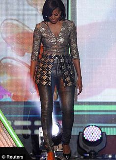 FLOTUS at the Kids Choice Awards.  Love this outfit AND it's great if you are going to get slimed!