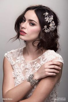 Hey Bellas, we're always here to inspire you and to give you some interesting tips about the fashion and for today we've an amazing spring collection of bridal headpieces by Maria Elena. Started her b