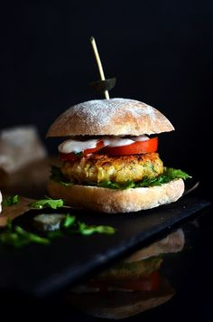 Juicy artichoke based burger that imitates flaky fish with a crispy breadcrumb coating perfectly.