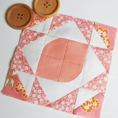 Block 34 - Pink Lemonade.  First time with pieced curves for this Splendid Sampler block design by Amy Gibson.
