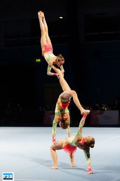 acrobatic gymnastics | Tumblr