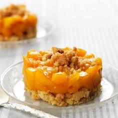 Veja esta receita de Crumble de Pêssego. Esta e outras deliciosas receitas no site Nestlé Cozinhar.