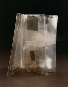Emissions (Londres, 1992) Katharine Meynell y Susan Johanknecht - Libro-Arte/Abierto: junio 2010