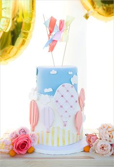 Love is definitely in the air with this colorful cake! We are truly amazed with how artful cakes can be! See more of these Hot Air Balloon Ideas here captured by Hello Gorgeous Photography with cake by Liger's Bakery. Wedding Sweets, Fall Wedding Cakes, Wedding Cake Designs, Fancy Cakes, Cute Cakes, Hot Air Balloon Cake, Air Ballon, Foundant, Disney Up