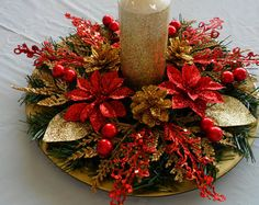 Christmas Centerpiece in Red and Gold / Red and Gold Christmas Centerpiece / Holiday Centerpiece / Christmas Centerpiece/ Centerpiece – Pillar Candles İdeas. Christmas Candle Decorations, Christmas Flower Arrangements, Holiday Centerpieces, Christmas Flowers, Christmas Candles, Gold Christmas, Christmas Wreaths, Christmas Crafts, Holiday Decor