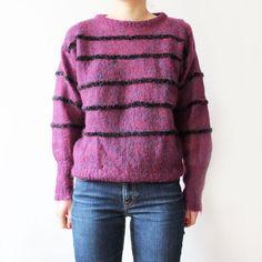Pull en maille ajourée. En laine violet chiné rayé noir pailleté. Col rond. Monopole, Violet, Men Sweater, Pullover, Sweaters, Fashion, Round Collar, Wool, Black People