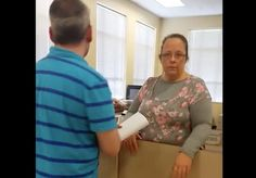 Kentucky clerk Kim Davis held in contempt for refusing to issue marriage licenses, going to jail