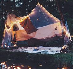 OMG! that looks awesome! i'd love to just lay there all night  watch the stars and listen to great music :D