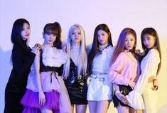 Etiqueta #에버글로우 en Twitter Kpop Girl Groups, Korean Girl Groups, Kpop Girls, Pop Kpop, Brown Eyed Girls, Yuehua Entertainment, G Friend, Girl Bands, New Girl