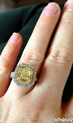 Kelly Clarkson's Canary Diamond Engagement Ring