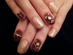 (LOUIS VUITTON Nail Art) Awe very sleek and fun! I like for a night out