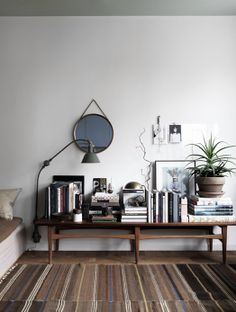 24 sqm (258 sqft)?! amazing decor inspiration for a small studio by Sasa Antic » Perfectly Small
