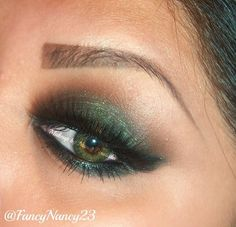 Green Smokey Eye for Green Eyes