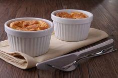 Картофель – универсальный продукт, без которого наш рацион питания был бы неполным. Правда порой мы забываем, что из него можно готовить не только обычные гарниры и супы.