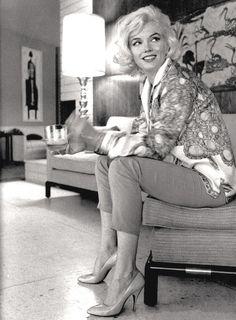 fuckyeahmarilynmonroe:  pinkwargasm:  latinamericana:vintageamore:marilynspam: Marilyn Monroe, 1962