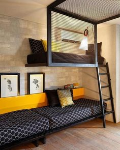 Ideia para quarto compartilhado Projeto Ala dos adolescentes - Casa Cor Rio 2013 - Mariana Dornelles Fellipi Sartori e Luciana Arnaud Modern Home Interior Design, Modern House Design, Home Bedroom, Bedroom Decor, Bedroom Loft, Bunk Bed Rooms, Loft Beds, Murphy Bunk Beds, Bunk Beds For Boys Room