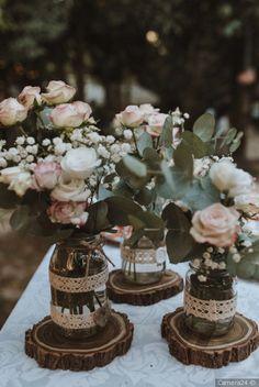 Garden Party Decorations, Barn Wedding Decorations, Rustic Wedding Centerpieces, Floral Centerpieces, Flower Arrangements, Barn Wedding Cakes, Country Barn Weddings, Wedding Country, Dream Wedding