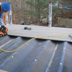 EPDM membrane makes an easy-to-install, cost-effective drain system to create dry space beneath. Building Design Plan, Deck Building Plans, Deck Plans, Pergola Plans, Outdoor Pergola, Wooden Pergola, Diy Pergola, Cheap Pergola, Woodworking Projects