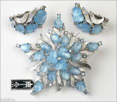 Vintage Trifari Fruit Salad Light Blue Moonstone Cabochon Star Brooch Pin Set | eBay