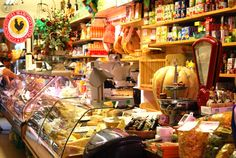 Gourmet shop in #Chianti #Tuscany