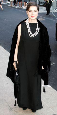 Isabella Rossellini fashion moment...