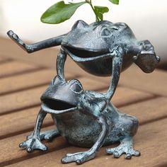 Leaping Frogs Flower Holder | Home Decor